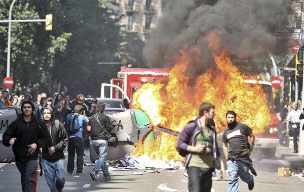 disturbios-barcelona-huelga-general$0x381-L